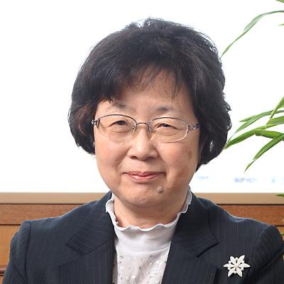 石垣 和子(いしがき・かずこ)